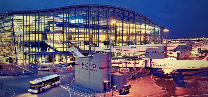 London Heathrow Beynalxalq havalimanı (LHR)