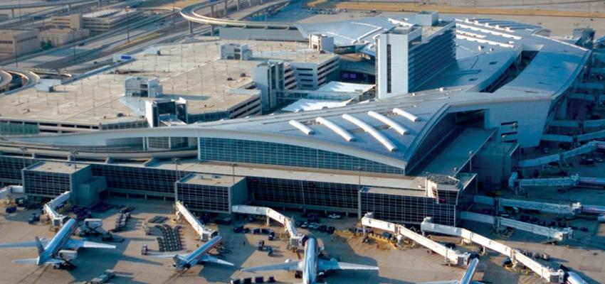 Dallas Fort Worth Beynalxalq havalimanı (DFW)
