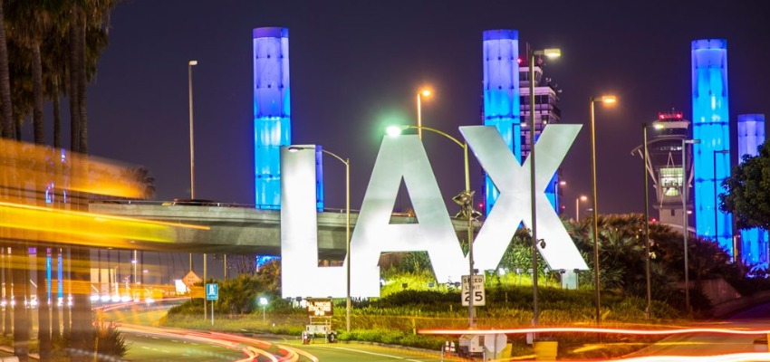 Los Angeles Beynalxalq havalimanı (LAX)