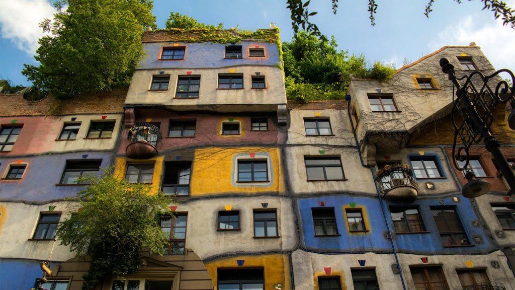Vyana Hundertwasserhaus